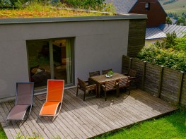 Außenansicht, Terasse – Ferienhaus Fichtelberg